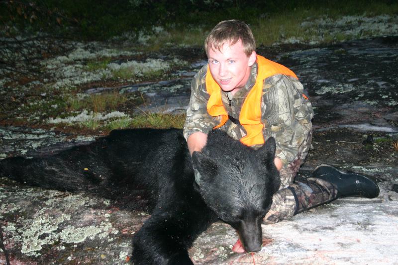ontario-bear-hunting-kyle2-2